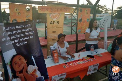 Feria Buentratízate en el sur de la ciudad de Mérida