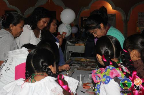 Feria Vive el Buen Trato realizado en Kinchil por la organización Mujeres Promoviendo la Igualdad de Derechos en Kinchil